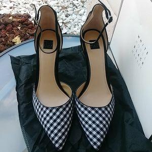 WHITE HOUSE BLACK MARKET gianna shoes size 9.5